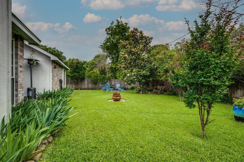 2205 Villanova  Street, Arlington, Texas 76018 - acquisto real estate best new home sales realtor linda miller executor real estate