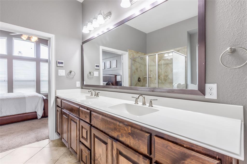 2425 Kingsgate  Drive, Little Elm, Texas 75068 - acquisto real estate best realtor foreclosure real estate mike shepeherd walnut grove realtor