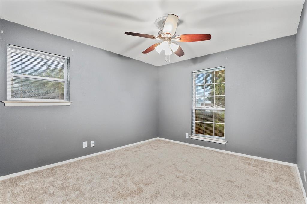 800 Prestwick  Street, Bedford, Texas 76022 - acquisto real estate best looking realtor in america shana acquisto