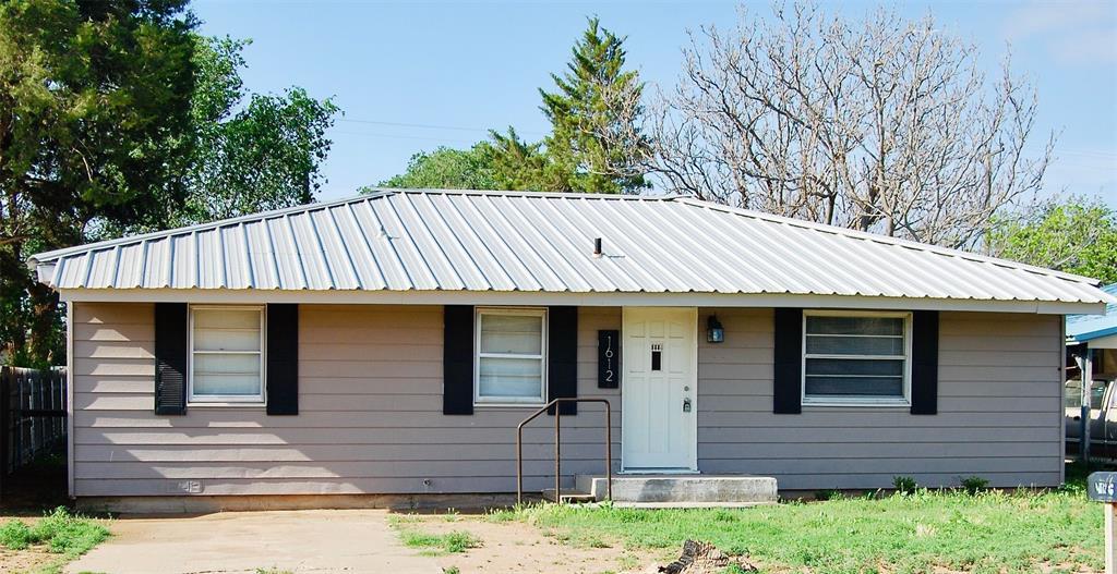1612 lee  Street, Levelland, Texas 79336 - Acquisto Real Estate best frisco realtor Amy Gasperini 1031 exchange expert