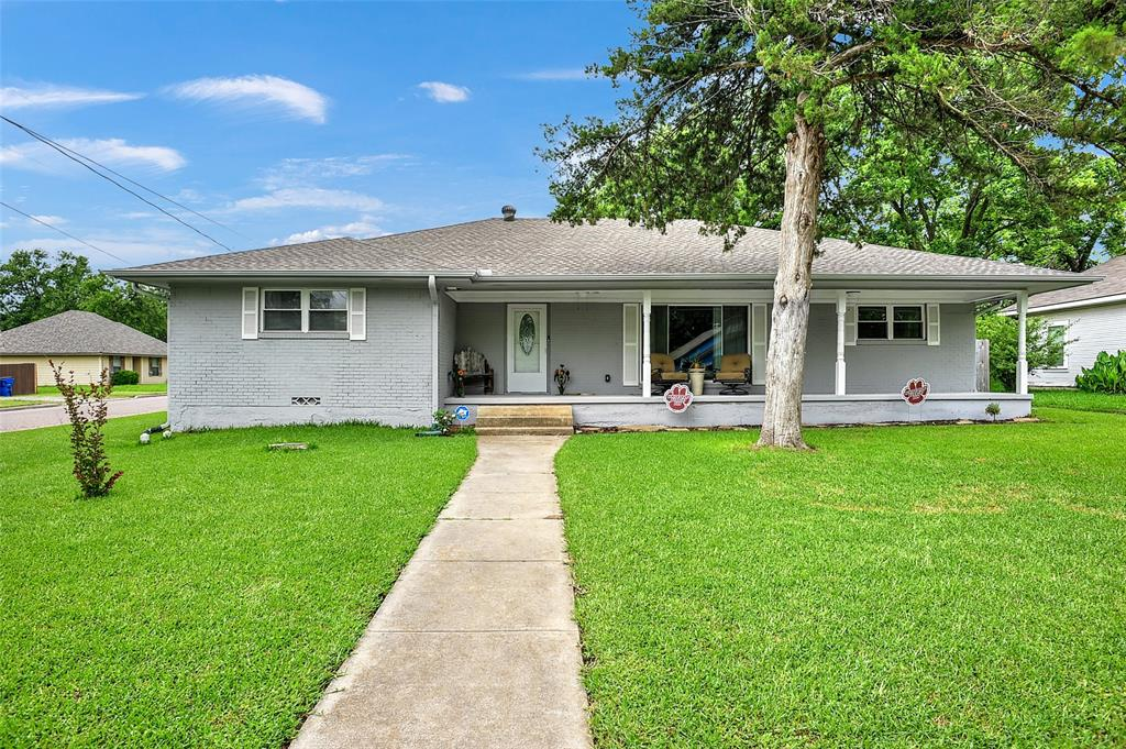 205 Broadway  Street, Whitesboro, Texas 76273 - Acquisto Real Estate best mckinney realtor hannah ewing stonebridge ranch expert