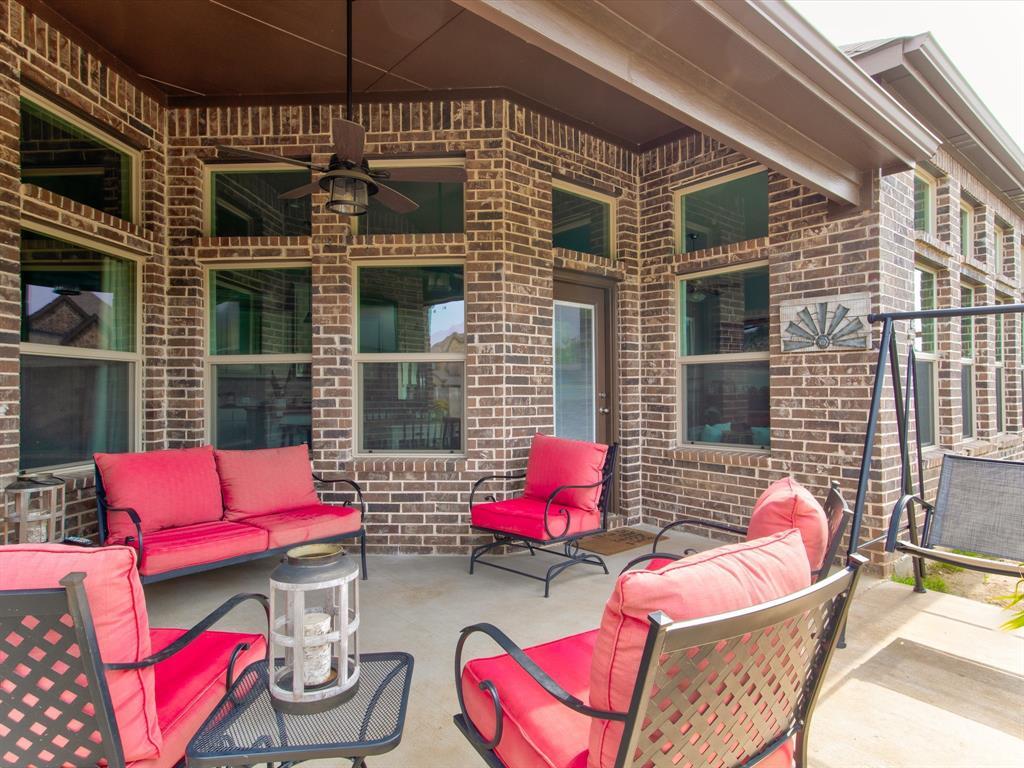 940 Parkside  Drive, Argyle, Texas 76226 - acquisto real estate mvp award real estate logan lawrence