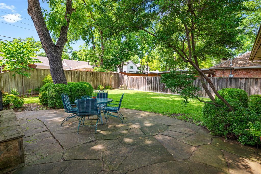 9525 Spring Branch  Drive, Dallas, Texas 75238 - acquisto real estate best frisco real estate agent amy gasperini panther creek realtor