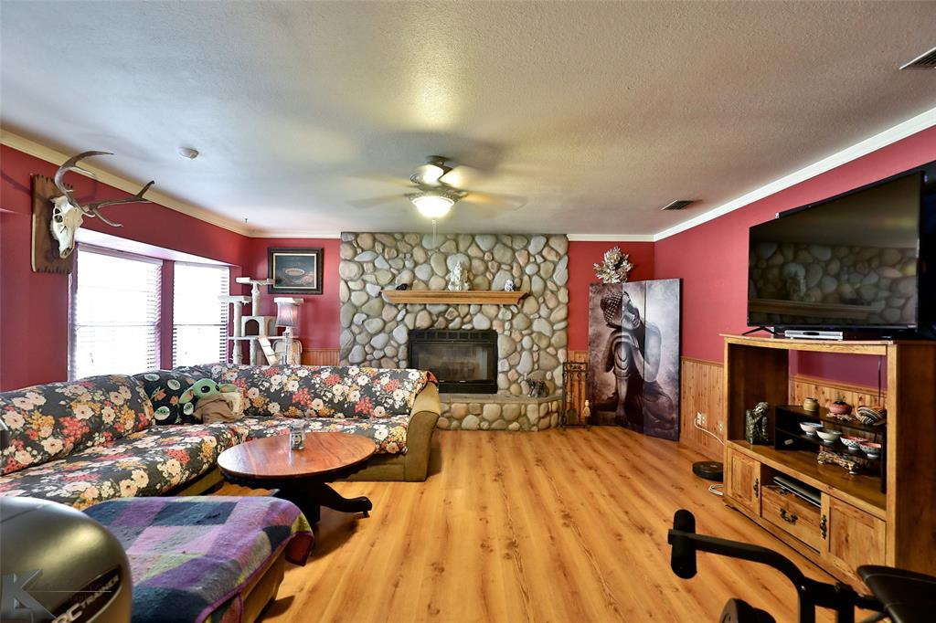 3916 Laurel  Drive, Abilene, Texas 79603 - acquisto real estate best allen realtor kim miller hunters creek expert