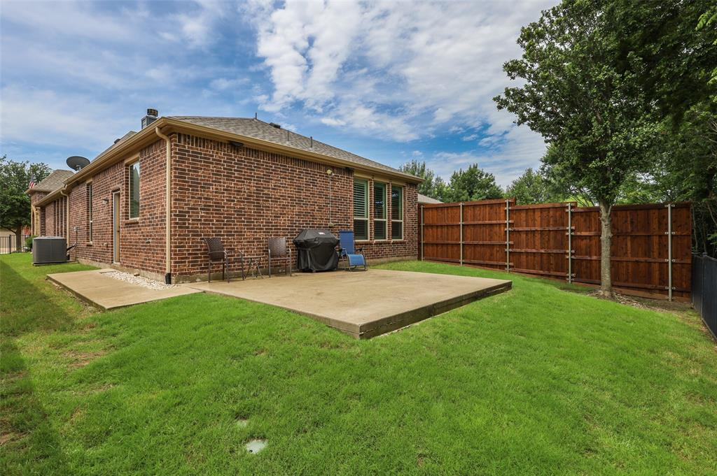 9516 National Pines  Drive, McKinney, Texas 75072 - acquisto real estate best frisco real estate agent amy gasperini panther creek realtor