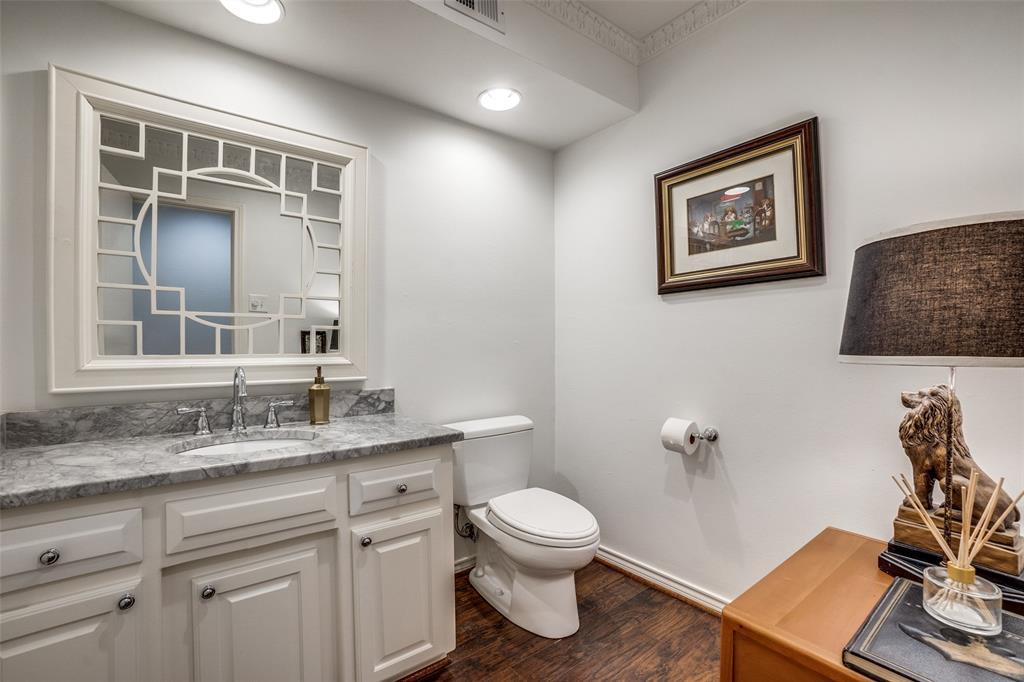 4240 Glenaire  Drive, Dallas, Texas 75229 - acquisto real estate smartest realtor in america shana acquisto