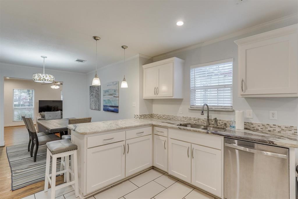 2423 Wentworth  Street, Dallas, Texas 75211 - acquisto real estate best listing agent in the nation shana acquisto estate realtor