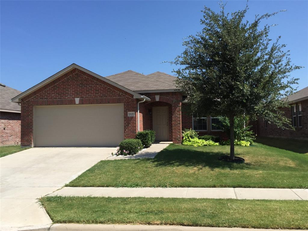 1829 Nightingale  Drive, Aubrey, Texas 76227 - Acquisto Real Estate best plano realtor mike Shepherd home owners association expert