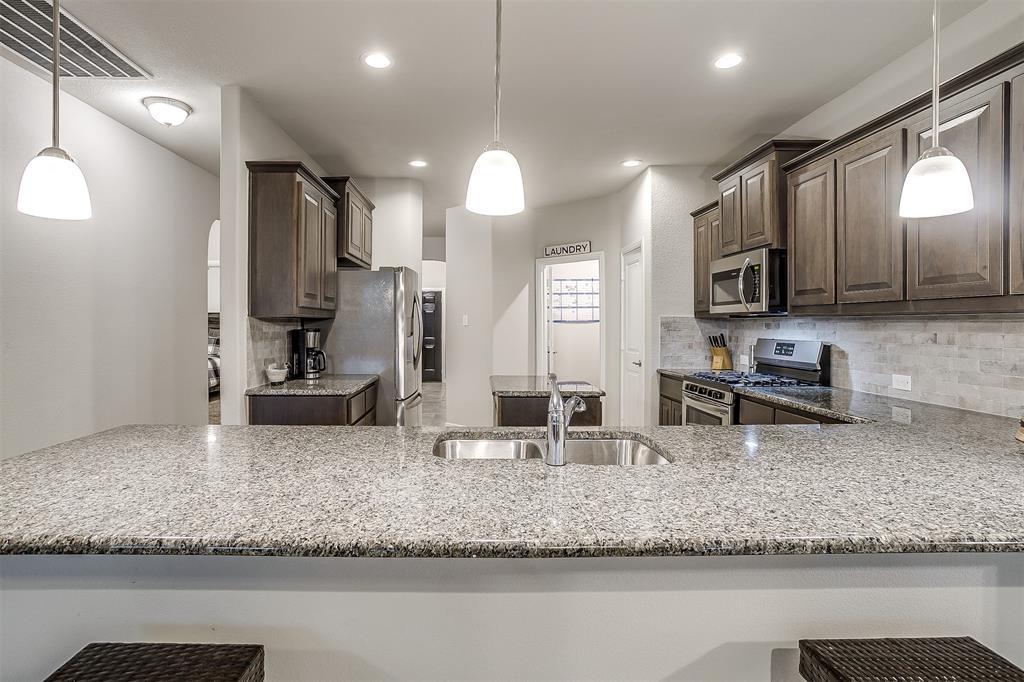 817 Dove  Cove, Argyle, Texas 76226 - acquisto real estate best photos for luxury listings amy gasperini quick sale real estate
