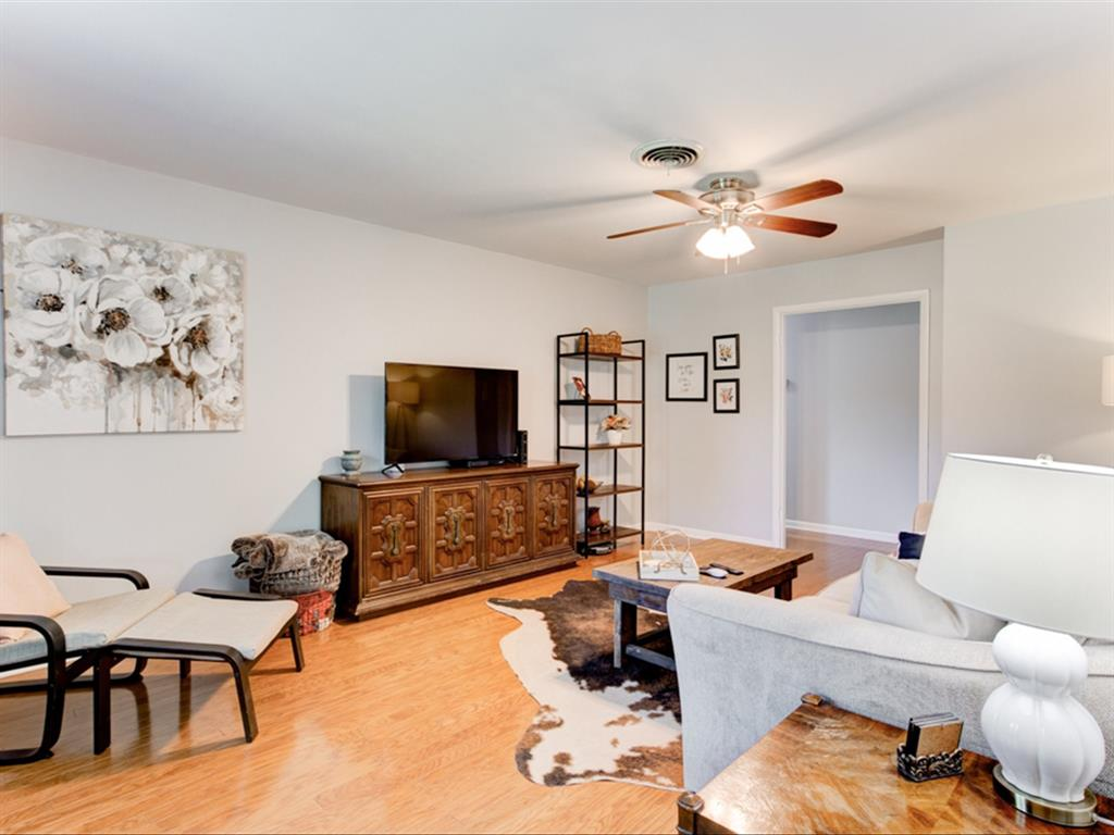 5621 Wedgworth  Road, Fort Worth, Texas 76133 - acquisto real estate best real estate company to work for