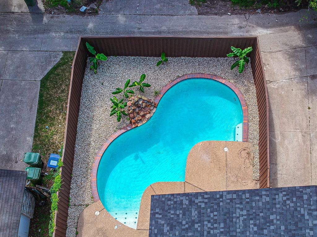 6221 Glenmoor  Drive, Garland, Texas 75043 - acquisto real estate best real estate follow up system katy mcgillen