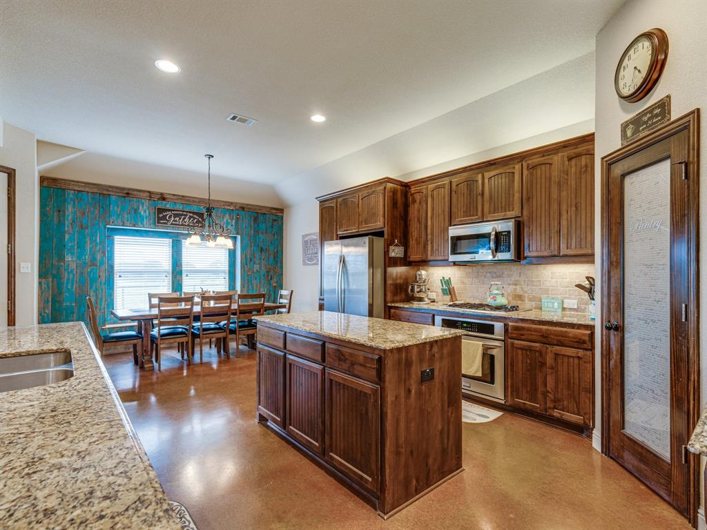 825 Broadhead  Road, Waxahachie, Texas 75165 - acquisto real estate best flower mound realtor jody daley lake highalands agent of the year
