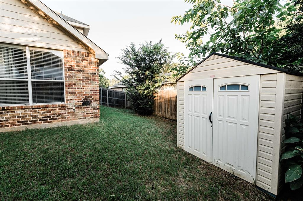 1203 Wentwood  Drive, Corinth, Texas 76210 - acquisto real estate best relocation company in america katy mcgillen
