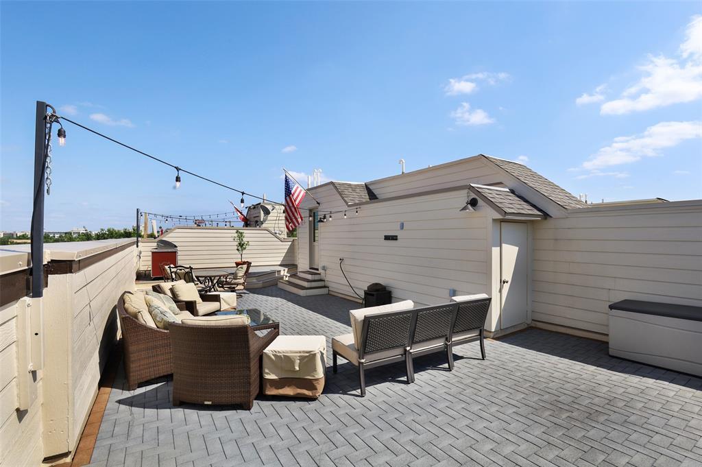 2411 Hall  Street, Dallas, Texas 75204 - acquisto real estate best looking realtor in america shana acquisto