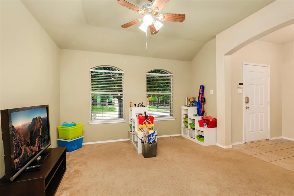 1012 Aviary  Drive, Aubrey, Texas 76227 - acquisto real estate best prosper realtor susan cancemi windfarms realtor