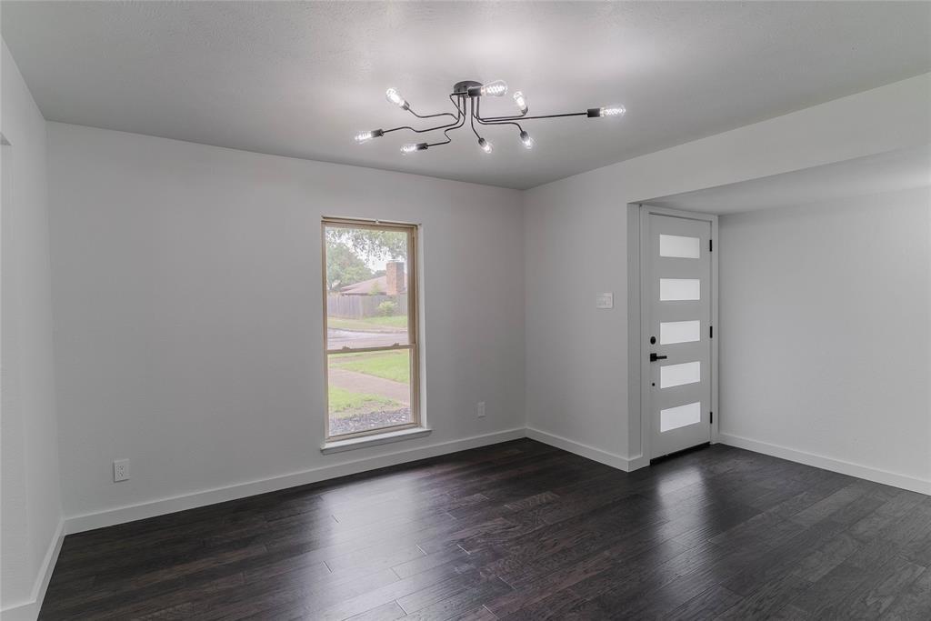 8601 Grumman  Drive, Dallas, Texas 75228 - acquisto real estate best prosper realtor susan cancemi windfarms realtor
