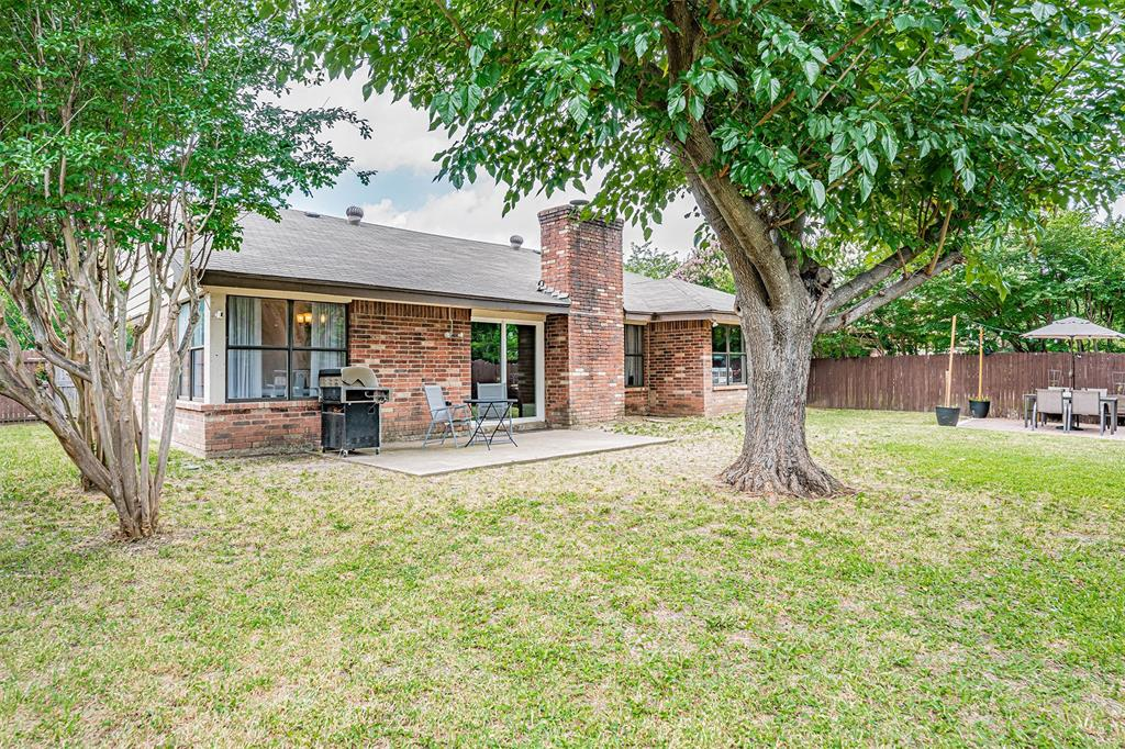 4205 Whitman  Lane, Grand Prairie, Texas 75052 - acquisto real estate mvp award real estate logan lawrence