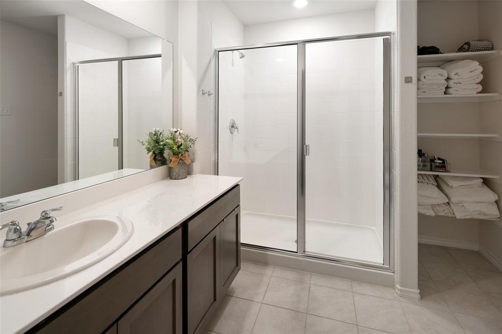 8016 Gallup  Avenue, Aubrey, Texas 76227 - acquisto real estate best new home sales realtor linda miller executor real estate