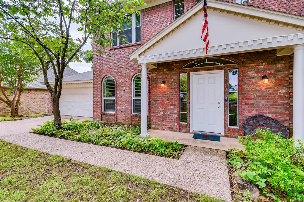 1220 Trinity  Drive, Benbrook, Texas 76126 - acquisto real estate best the colony realtor linda miller the bridges real estate