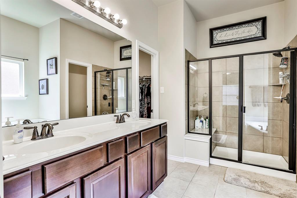 1412 Mesa Flats  Drive, Fort Worth, Texas 76052 - acquisto real estate best investor home specialist mike shepherd relocation expert