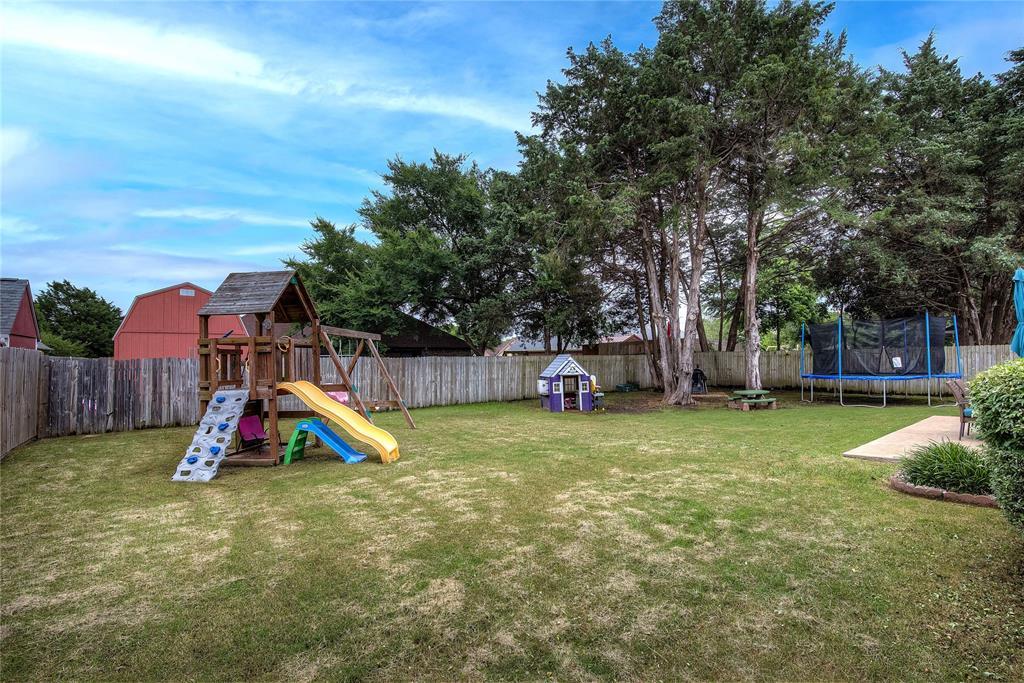 6907 Gold  Street, Greenville, Texas 75402 - acquisto real estate mvp award real estate logan lawrence
