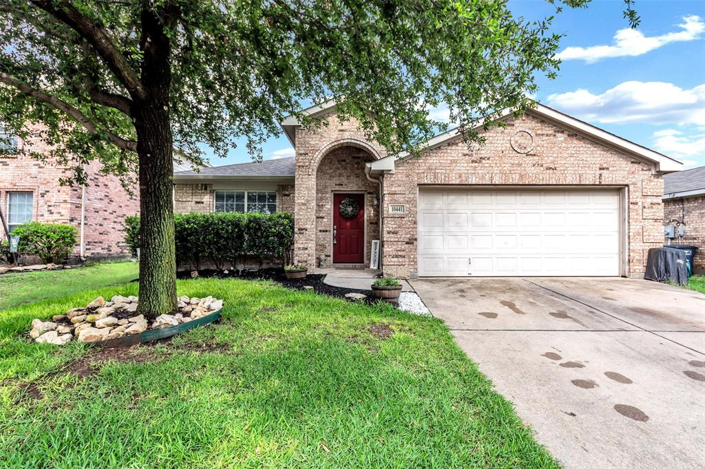 10441 Hideaway  Trail, Fort Worth, Texas 76131 - Acquisto Real Estate best plano realtor mike Shepherd home owners association expert