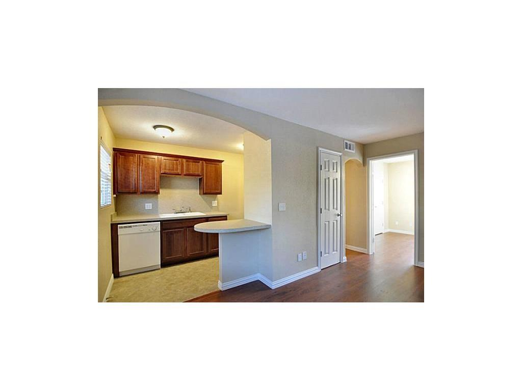 5814 Worth  Street, Dallas, Texas 75214 - acquisto real estate best real estate company to work for