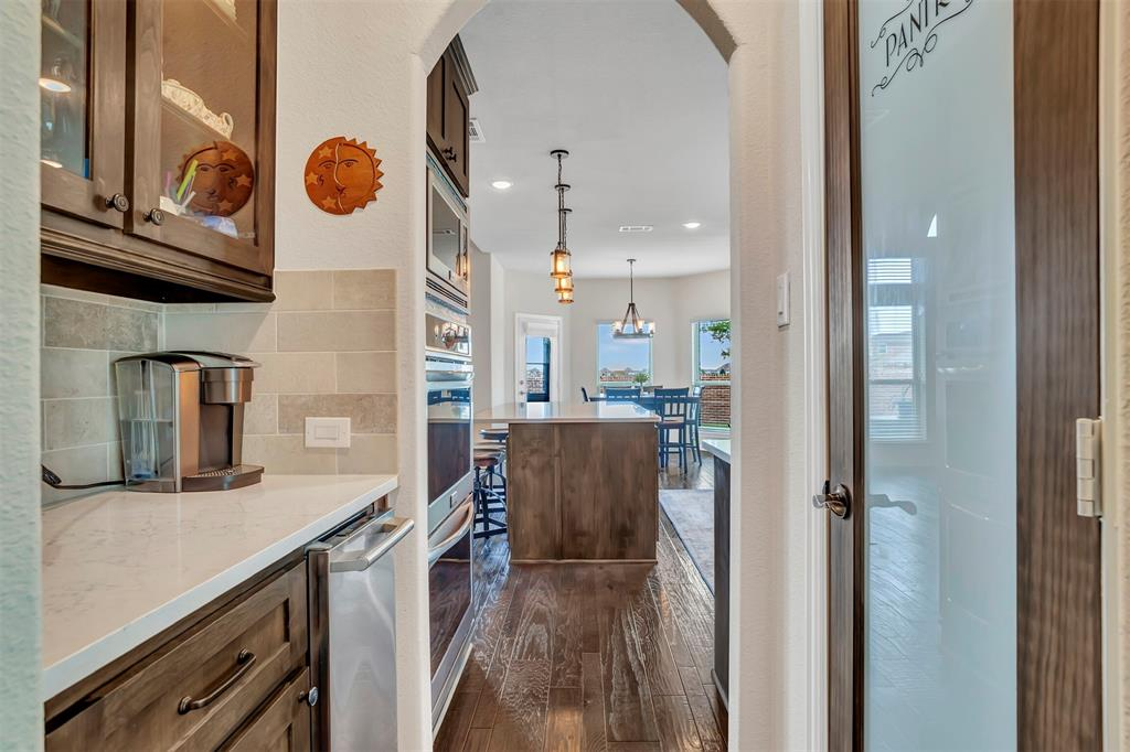 612 Mary Ruth  Place, Celina, Texas 75009 - acquisto real estate best luxury buyers agent in texas shana acquisto inheritance realtor