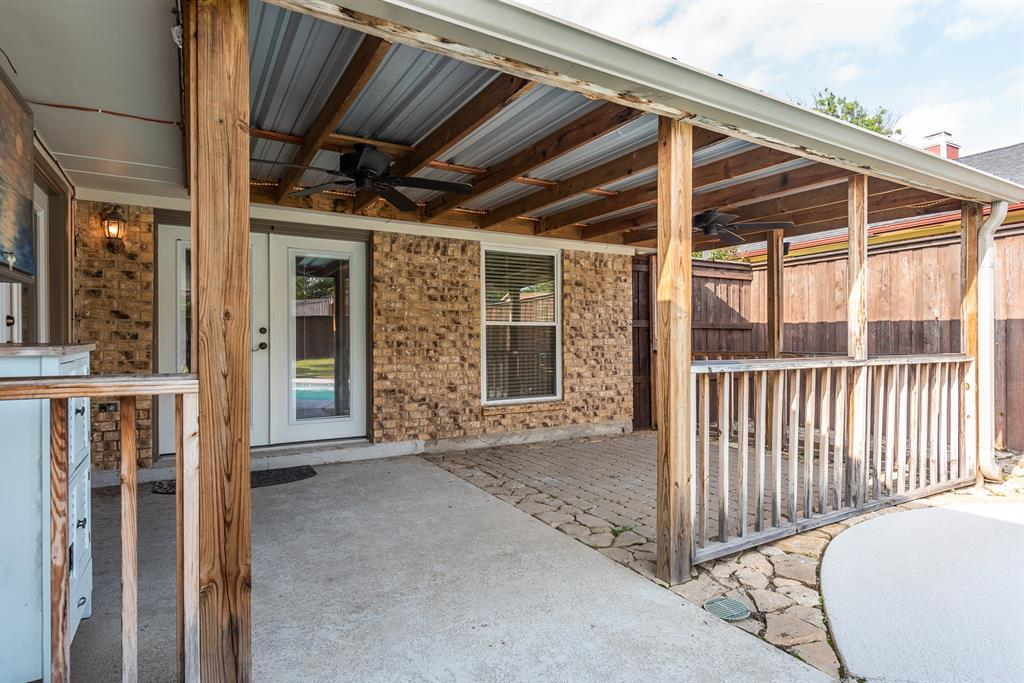 914 Placid  Drive, Mesquite, Texas 75150 - acquisto real estate best realtor foreclosure real estate mike shepeherd walnut grove realtor