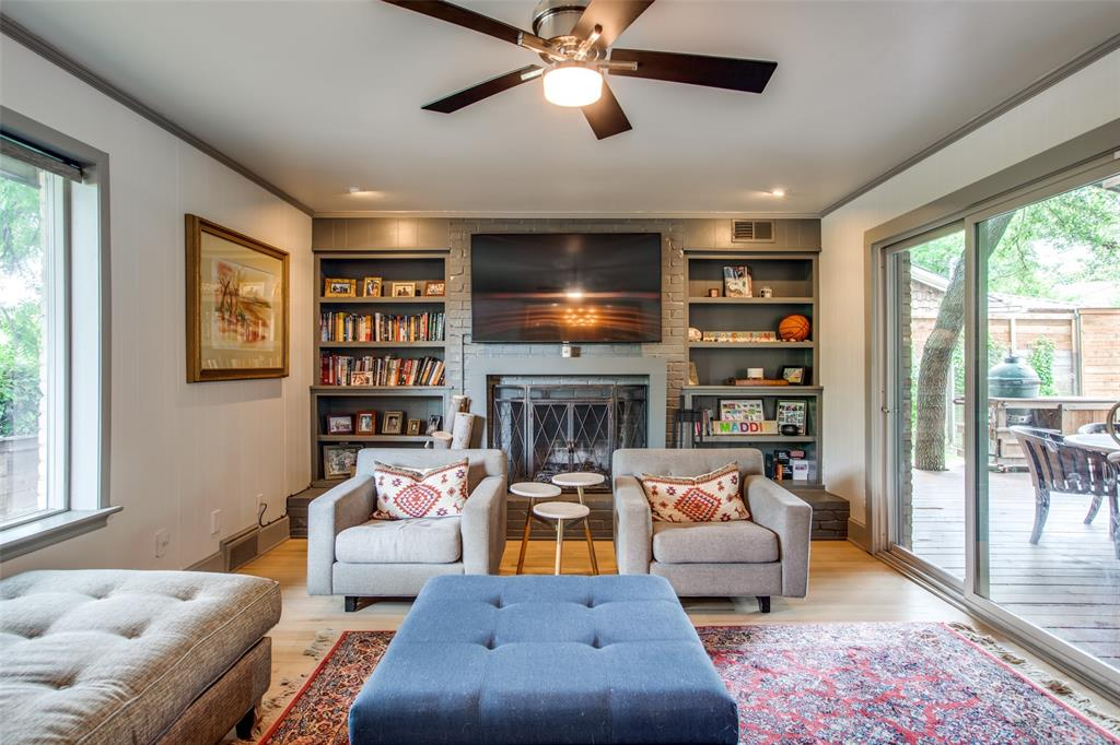10033 Lake Highlands  Place, Dallas, Texas 75218 - acquisto real estate best listing agent in the nation shana acquisto estate realtor
