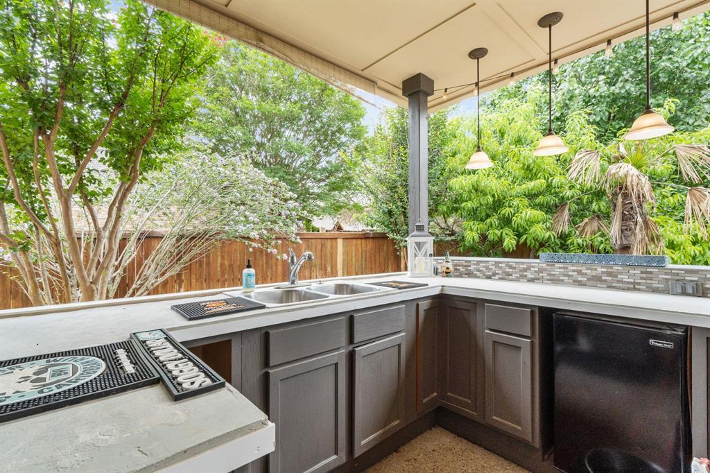 1812 Savannah  Drive, McKinney, Texas 75072 - acquisto real estate best frisco real estate agent amy gasperini panther creek realtor