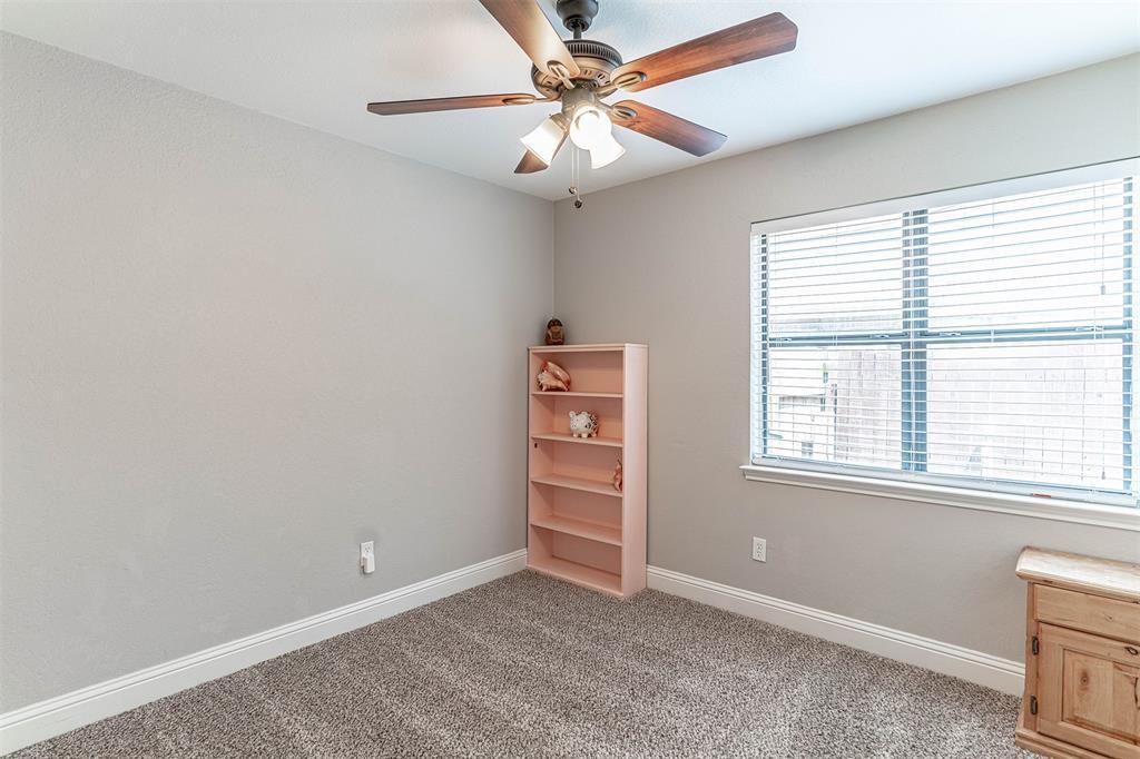 4205 Whitman  Lane, Grand Prairie, Texas 75052 - acquisto real estate best plano real estate agent mike shepherd