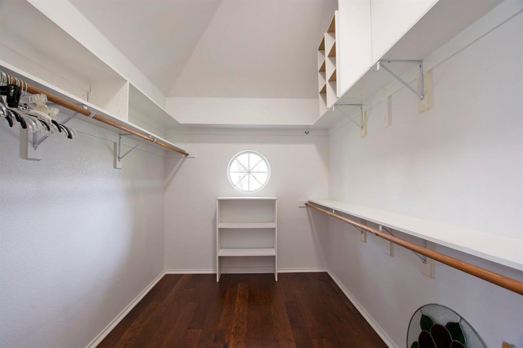 1701 Hill Creek  Drive, Garland, Texas 75043 - acquisto real estate best listing photos hannah ewing mckinney real estate expert