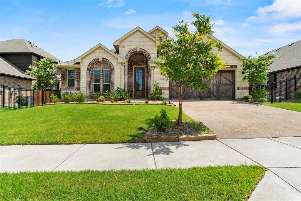 1700 Silvery Canoe  Way, St Paul, Texas 75098 - Acquisto Real Estate best frisco realtor Amy Gasperini 1031 exchange expert