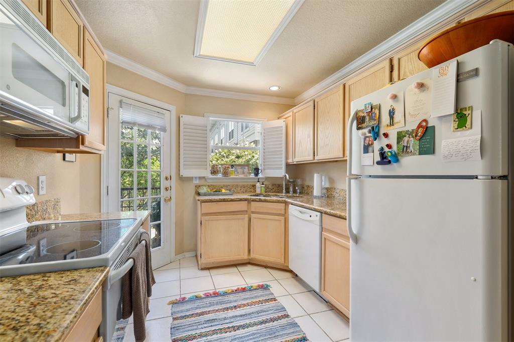 2902 State  Street, Dallas, Texas 75204 - acquisto real estate best highland park realtor amy gasperini fast real estate service