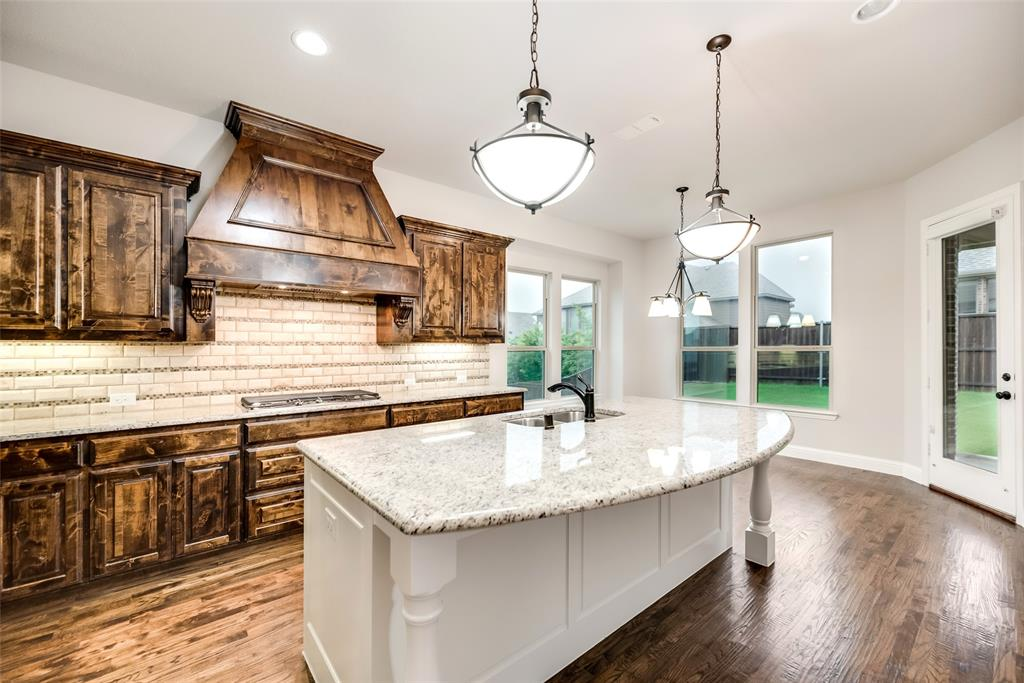 1506 Whistle Brook  Drive, Allen, Texas 75013 - acquisto real estate best photos for luxury listings amy gasperini quick sale real estate