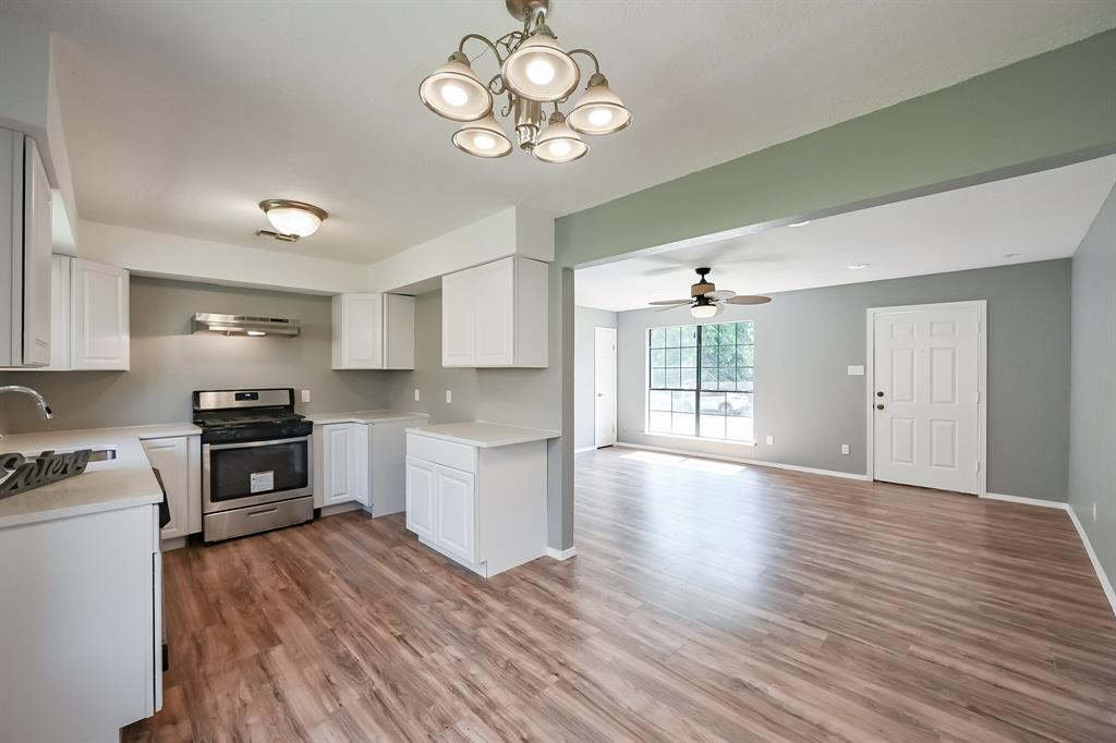 2401 Ben  Avenue, Fort Worth, Texas 76103 - acquisto real estate best new home sales realtor linda miller executor real estate