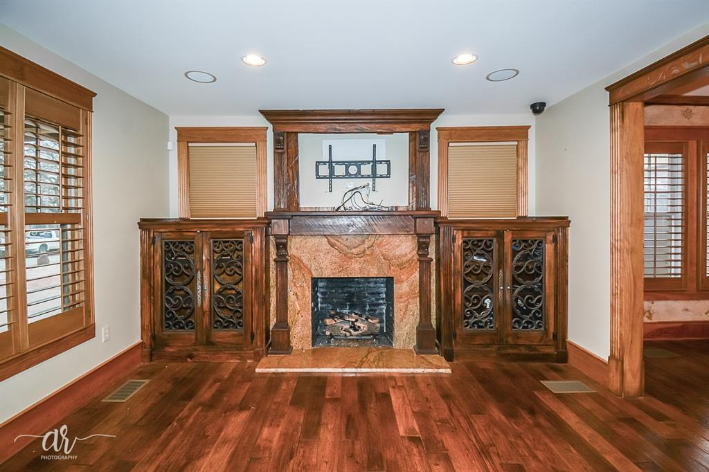 1301 Mulberry  Eastland, Texas 76448 - acquisto real estate best real estate company to work for