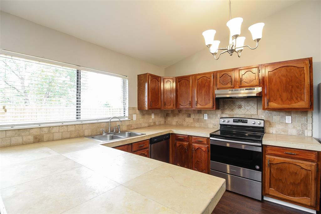 1509 Lewis  Trail, Grand Prairie, Texas 75052 - acquisto real estate best prosper realtor susan cancemi windfarms realtor