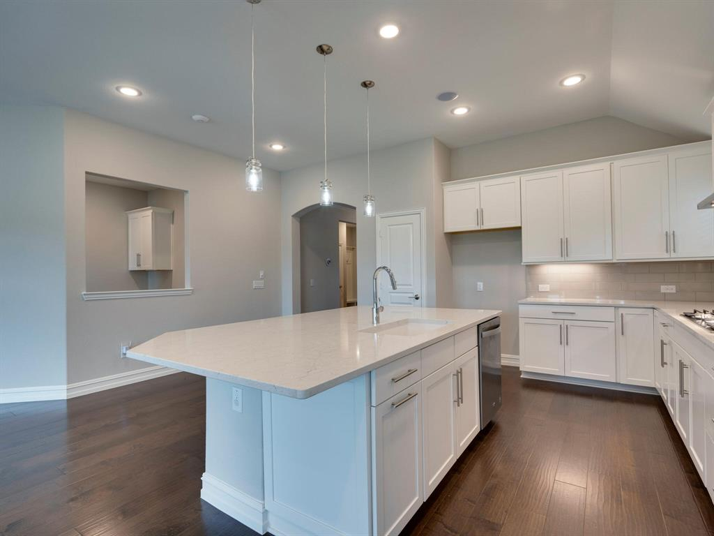 4928 Remington Falls  Drive, Fort Worth, Texas 76244 - acquisto real estate best photos for luxury listings amy gasperini quick sale real estate