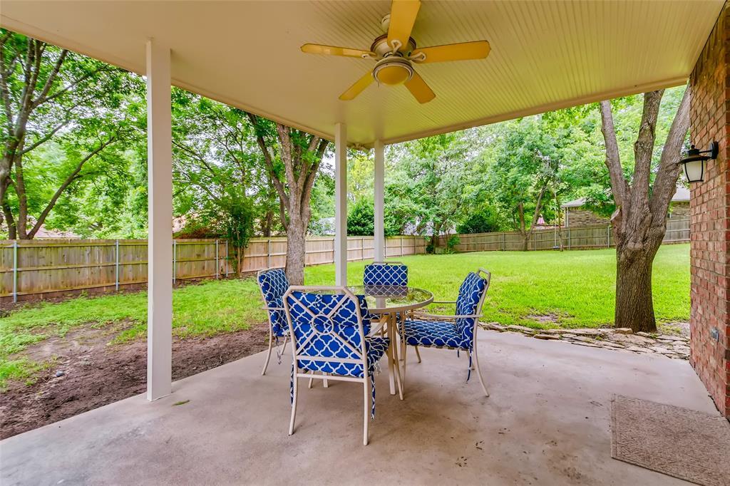 1220 Trinity  Drive, Benbrook, Texas 76126 - acquisto real estate best realtor dfw jody daley liberty high school realtor