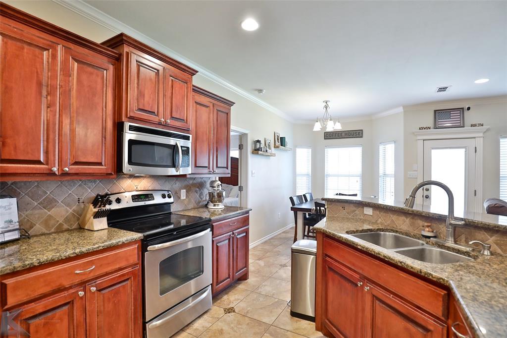 366 Miss Ellie  Lane, Abilene, Texas 79602 - acquisto real estate best photos for luxury listings amy gasperini quick sale real estate