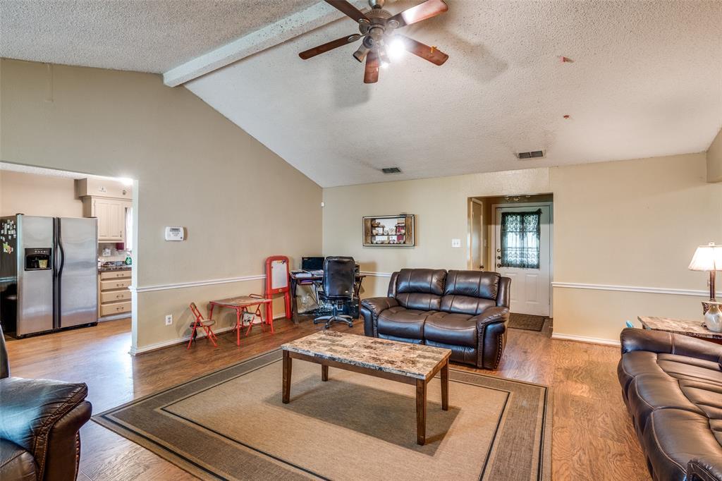 3016 Eastland  Avenue, Greenville, Texas 75402 - acquisto real estate best the colony realtor linda miller the bridges real estate