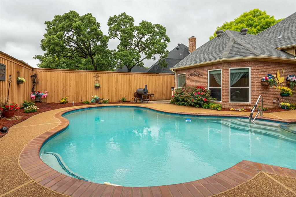 1422 Sweetgum  Circle, Keller, Texas 76248 - acquisto real estate best luxury home specialist shana acquisto