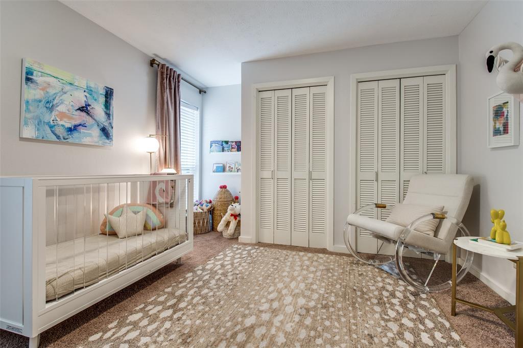 33 Creekwood  Circle, Richardson, Texas 75080 - acquisto real estate best plano real estate agent mike shepherd