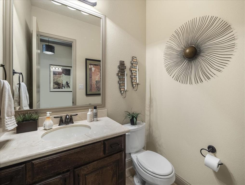 814 Winterwood  Court, Garland, Texas 75044 - acquisto real estate best real estate company to work for