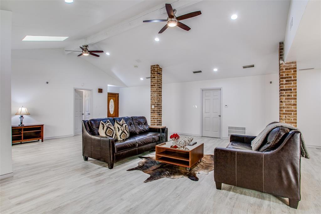 3107 Bryan  Street, Dallas, Texas 75204 - acquisto real estate best the colony realtor linda miller the bridges real estate