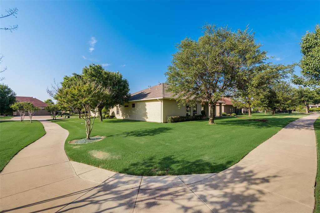 8917 Crestview  Drive, Denton, Texas 76207 - acquisto real estate best celina realtor logan lawrence best dressed realtor