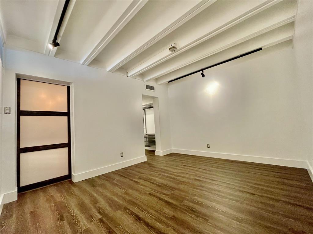 2711 Hood  Street, Dallas, Texas 75219 - acquisto real estate best prosper realtor susan cancemi windfarms realtor