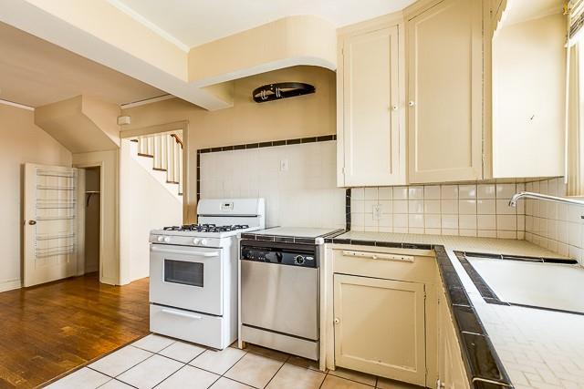 5916 Martel  Avenue, Dallas, Texas 75206 - acquisto real estate best highland park realtor amy gasperini fast real estate service